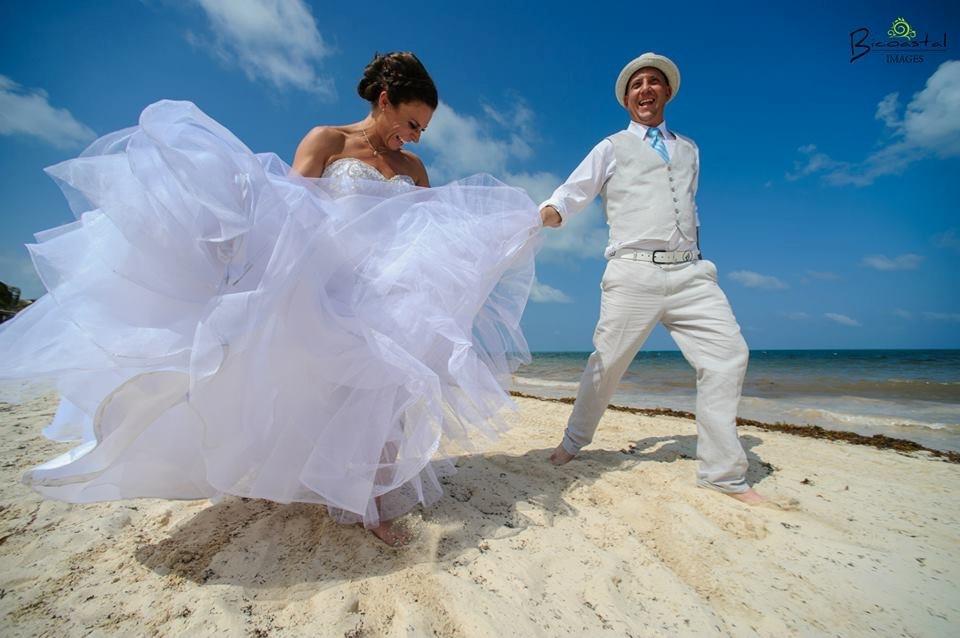 Destination Wedding Dresses - A Nontraditional Tradition