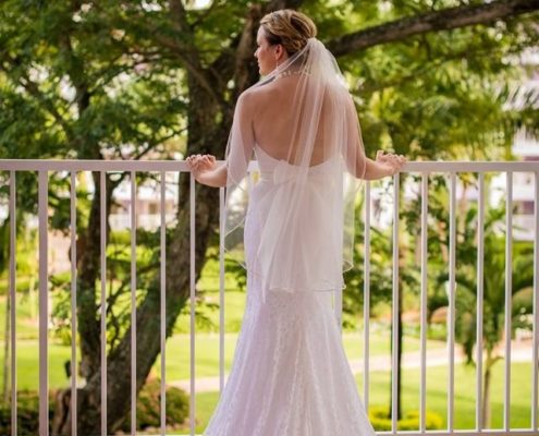 Choose the best destination wedding dress for you based on your dream wedding.