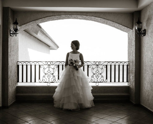 bride waiting for wedding to begin in Cabo, Mexico