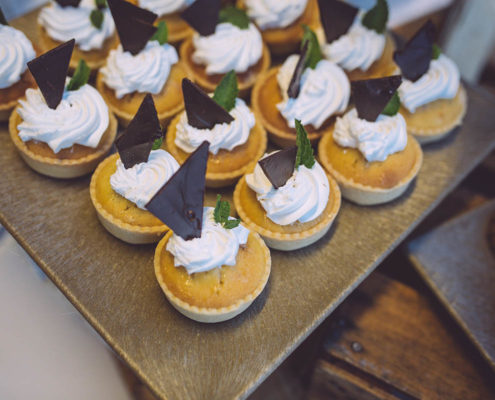 fancy wedding desserts